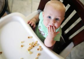 Myths about feeding the baby